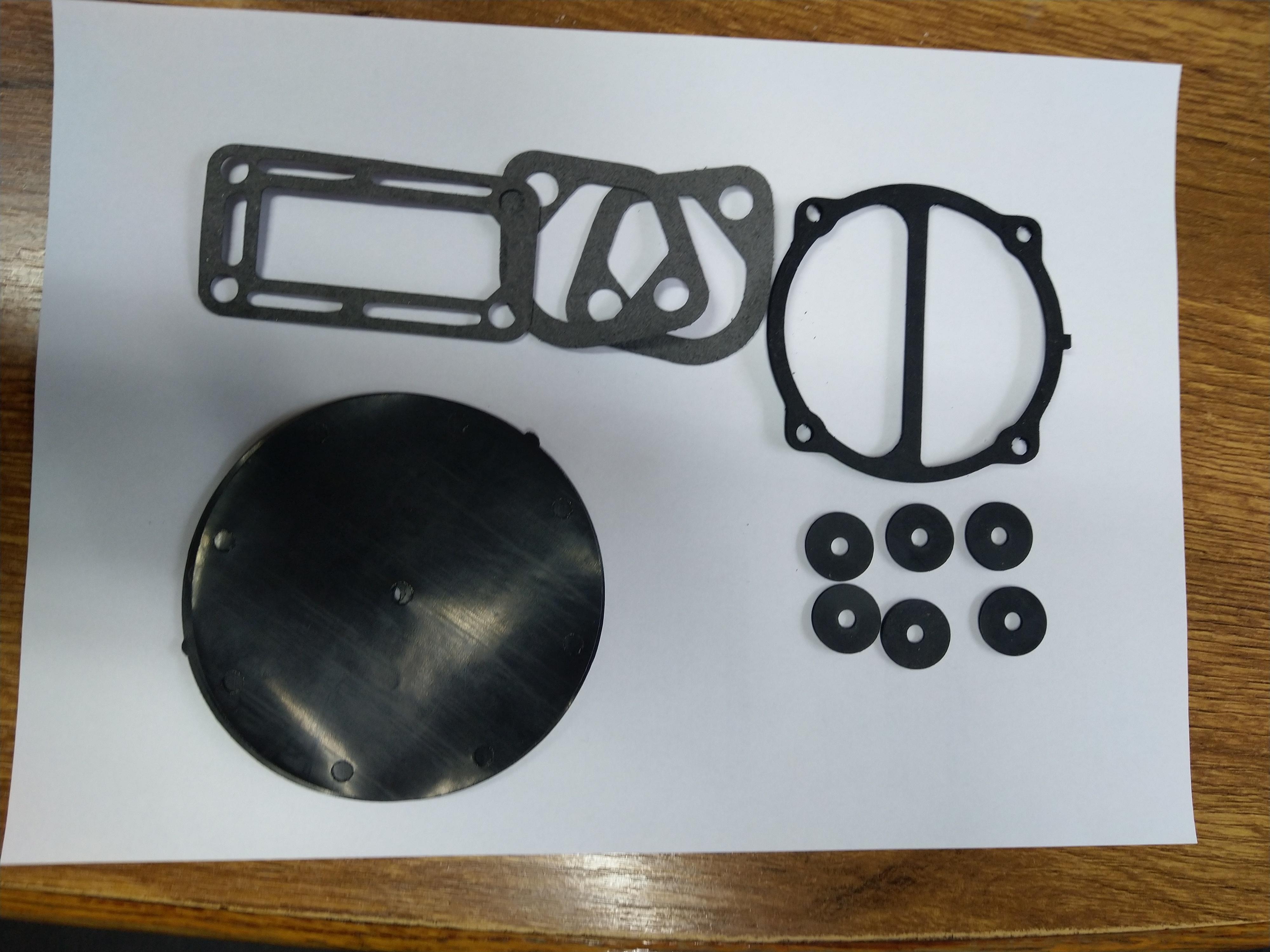 TATRA 613 – AC pumpa gumičky, těsnění , sada